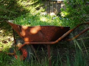 SusFawkner-recycled-wheelbarrow