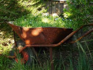 SusFawkner-recycled-wheelbarrow