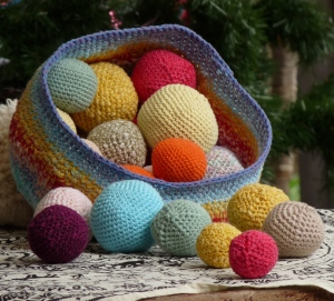 basket of balls small