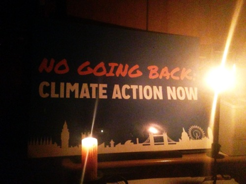 IMG_0104-earthhour-no-going-back-600x450