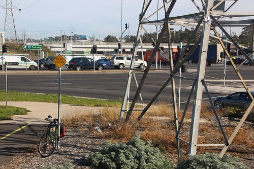 Sydney RD and M80 intersection. Photo from Western Ring Rd path